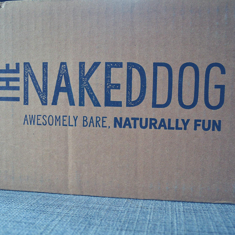 The Naked Dog Box delivers healthy dog food right to your door! Review here.