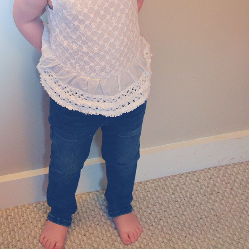 I'm sharing my first Kidbox delivery for my 3 year old and these kids clothes were GOOD.