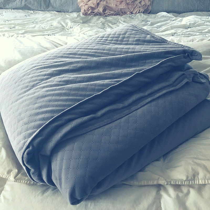 I am a grown women who uses a weighted blanket to sleep and its fabulous