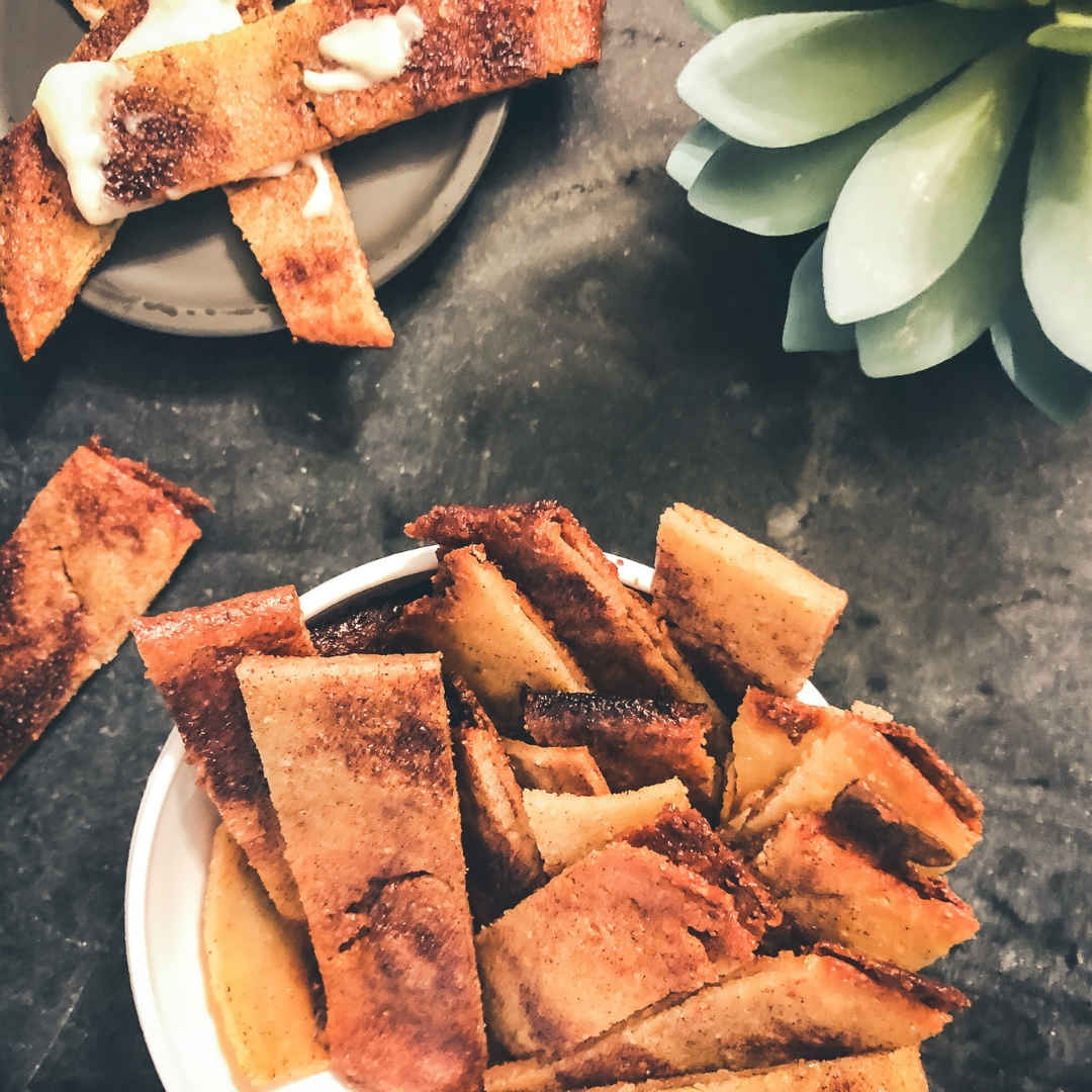 Sugar-Free Cinnamon Sticks and Icing low carb and grain free