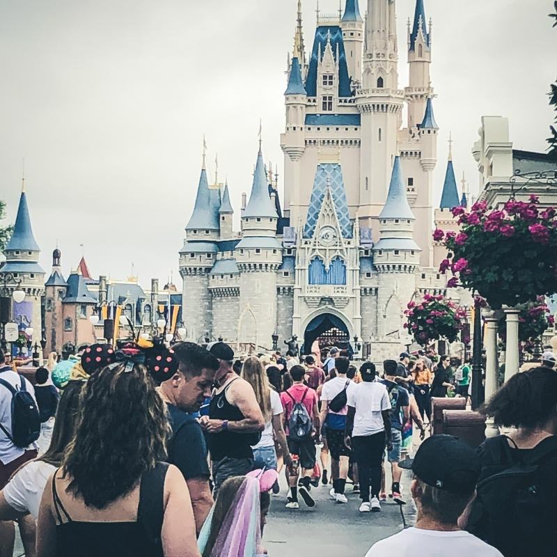 Disneyworld castle & crowds